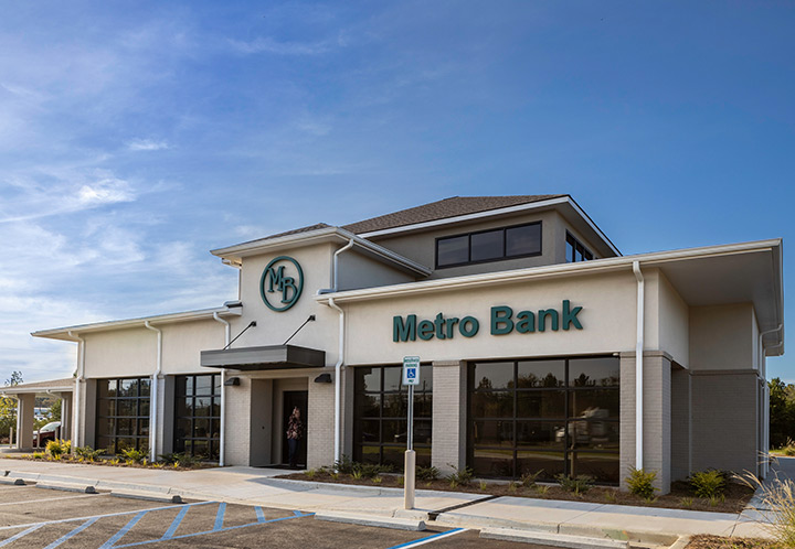 exterior entrance of Metro Bank Moody Branch