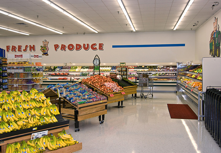 Interior Produce section of the Piggly Wiggly in Talladega